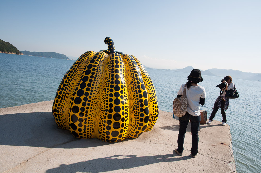 What strange things the ocean harbours ... (Kusama Kabocha and 2 Hunters)