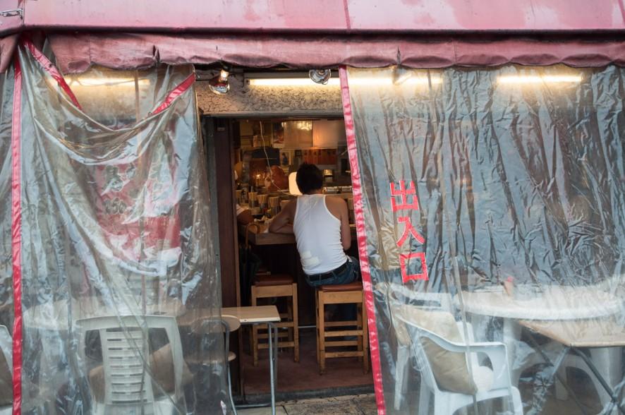 osaka_shinsekai_street_yj-5